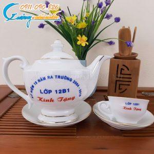 Bộ trà thần đèn hoàng kim được in ấn logo tại Xưởng Gốm Sứ Việt