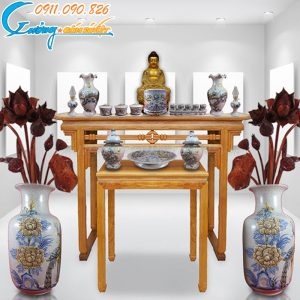 Bàn thờ Phật men Rạn khắc nổi