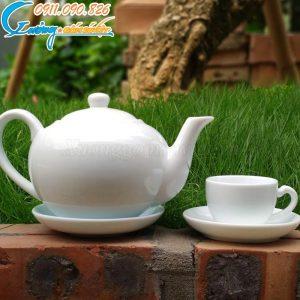 Bộ ấm trà trắng dáng tròn